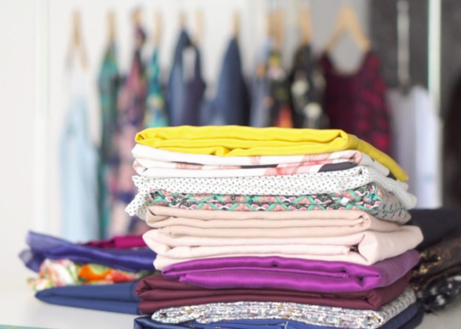 Guide-to-Fashion-Fabrics-9